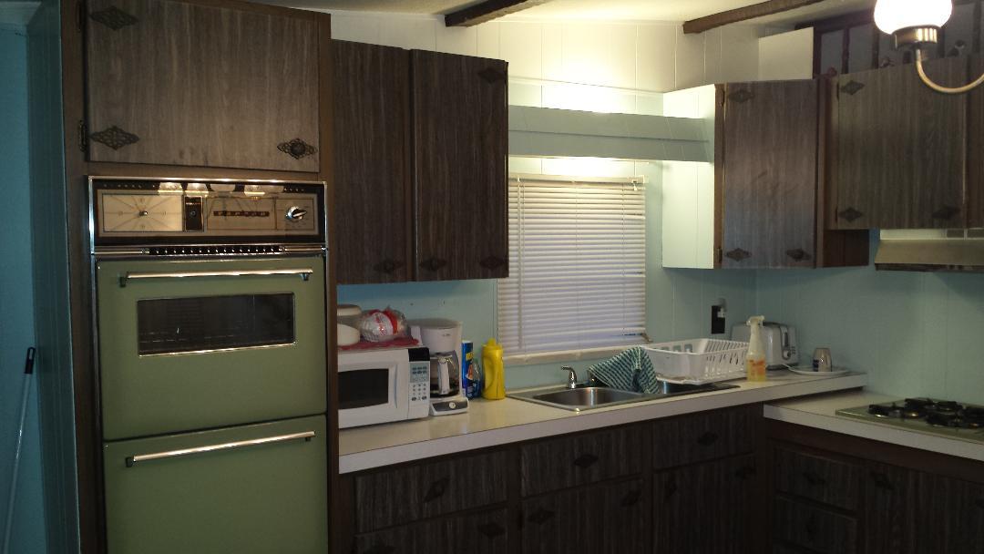 6R Kitchen 2