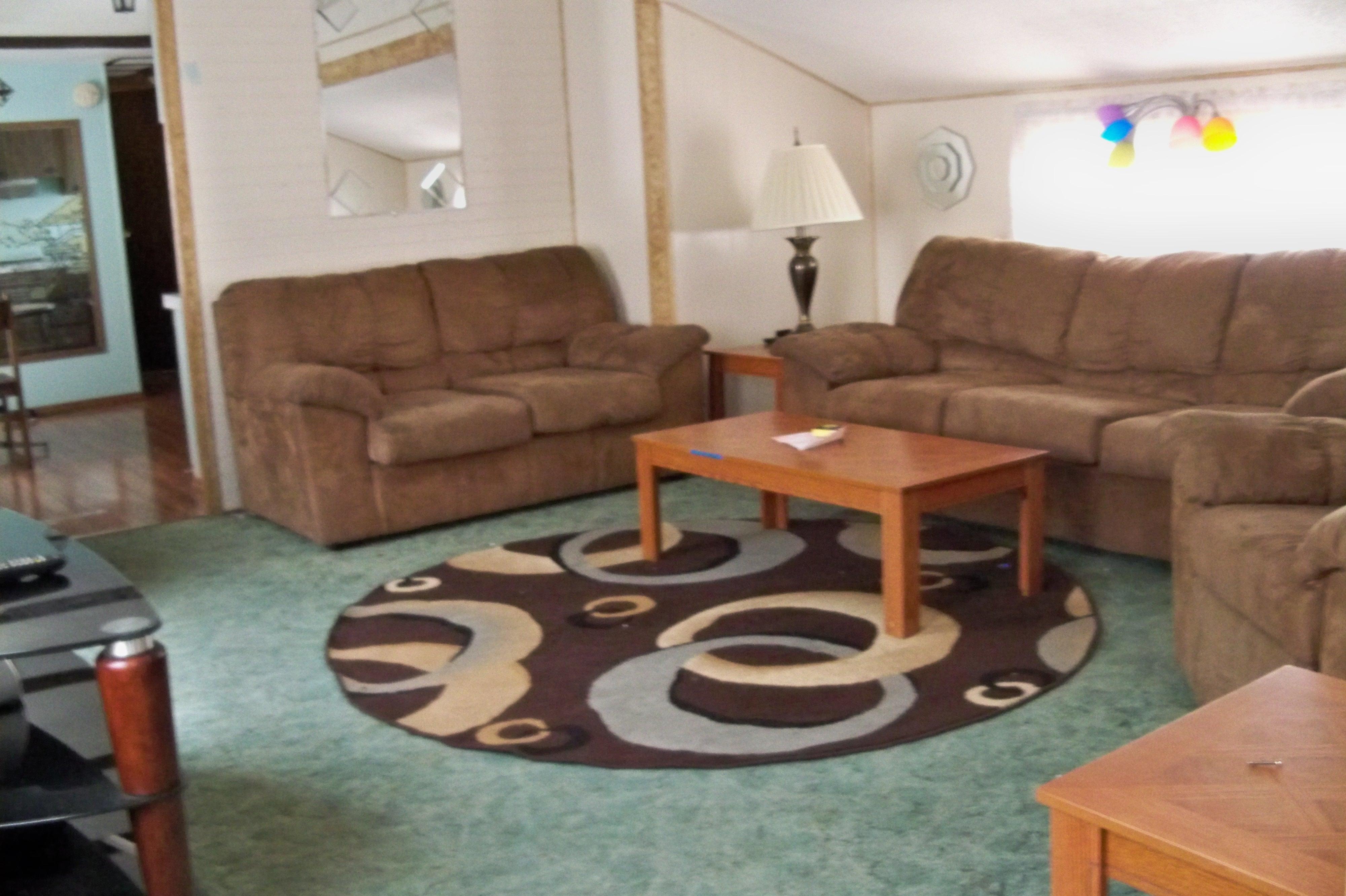 6R Living Room